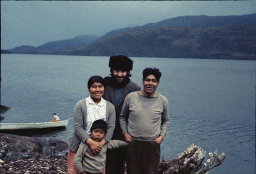 Gabriela Paterito, Christos Clairis, José Tonko et Juanito