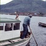 José Lopez à bord du bateau « Pata Pata » des carabiniers