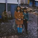 Nora Lopez et Juliana Tonko. Derrière Panchote assis