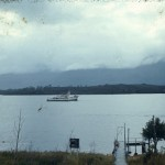 La « Calypso » dans la baie de Puerto Eden