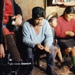 José Tonko, Gabriela Paterito et leur fille Mercedes (Fabrication de petits bateaux artisanaux)